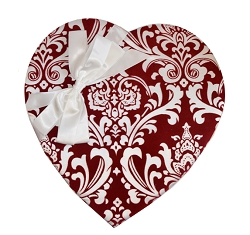 Red Paisley Heart Box 23oz.